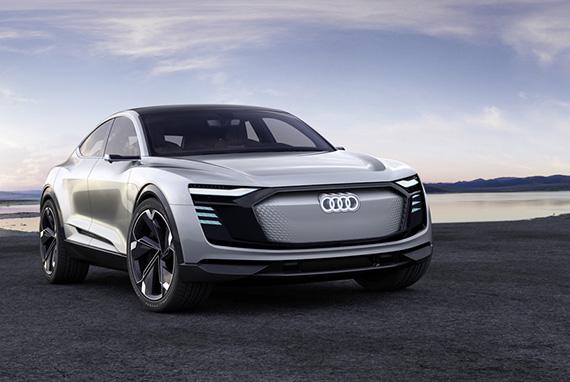 Audi_e-tron_Sportback_concept_1_s