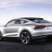 Audi_e-tron_Sportback_concept_3_s